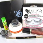 Enter : Mega Make Up Giveaway