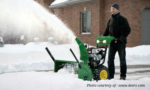 How a Snow Blower Can Ease Your Life