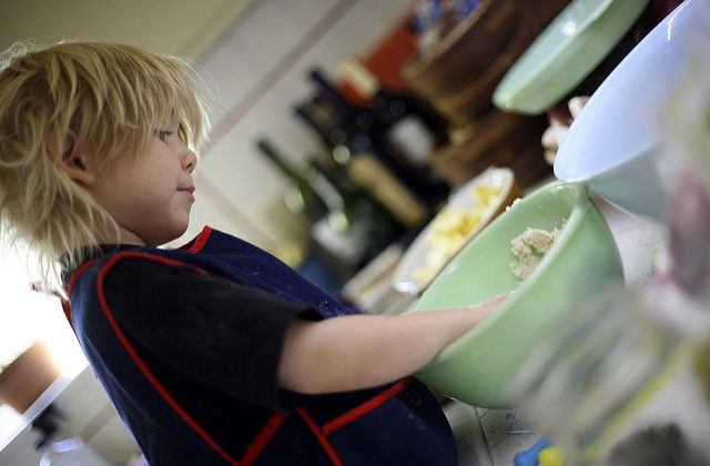Help Your Kids Eat Better With These Top Tips