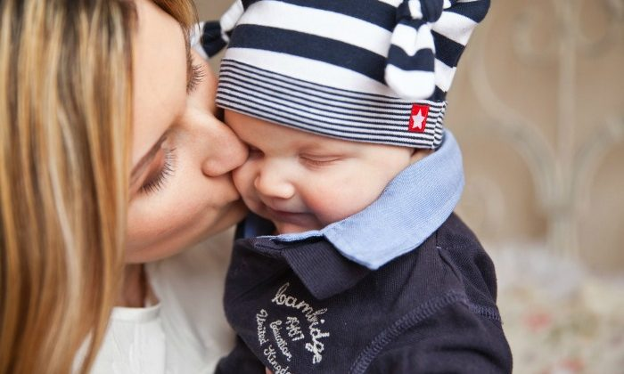 Easy Steps to Deal With Parenting Stress
